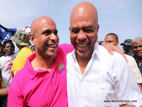PHOTO: Haiti - PM Laurent Lamothe ak President Martelly - Gouvenman Lakay ou La Gonave