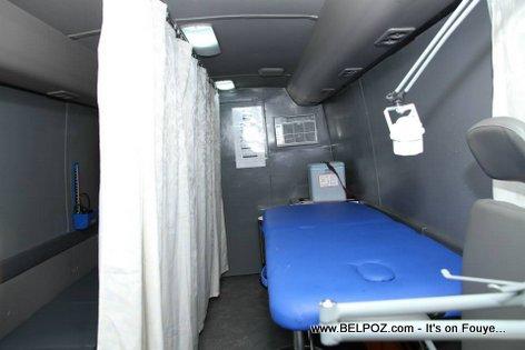 PHOTO: Haiti - Klinik Mobil pou Elèv Lekòl yo