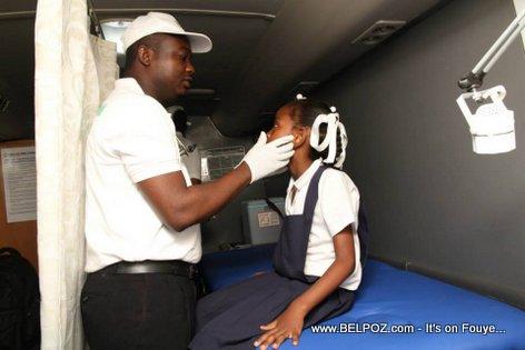 PHOTO: Haiti - Klinik Mobil pou Elev Lekol yo