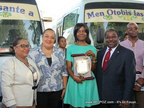 PHOTO: Haiti - Lancement Programme Klinik Mobil nan Lekòl yo