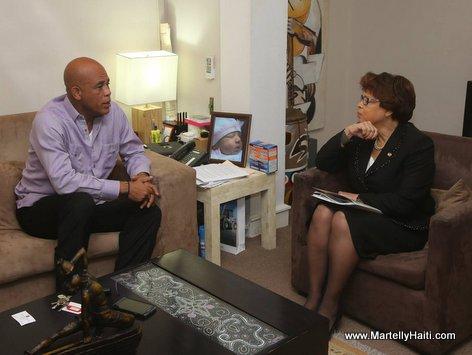 PHOTO: Haiti - President Martelly ak Sandra Honore