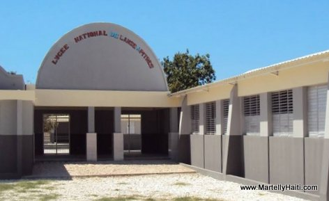 PHOTO: Haiti Education - Nouveau Lycee National de l'Anse-a-Pitre, Sud-Est Haiti, ke Gouvenman Martelly-Lamothe la fek konstwi