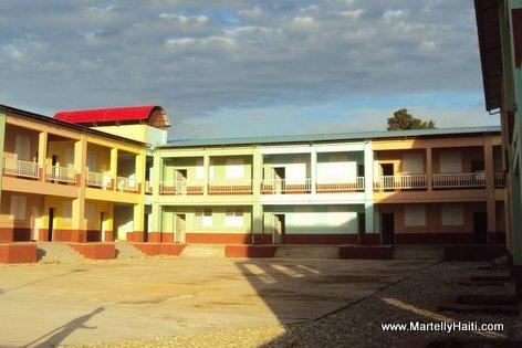 PHOTO: Haiti Education - Nouveau Lycee Docima Dorsainvil de Mare-Rouge, Nord-Ouest Haiti, ke Gouvenman Martelly-Lamothe la fek konstwi