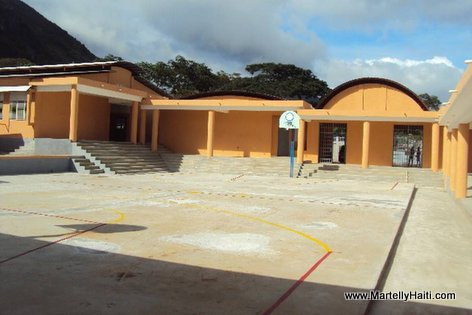 PHOTO: Haiti Education - Nouveau Lycee National de Dondon, Nord Haiti