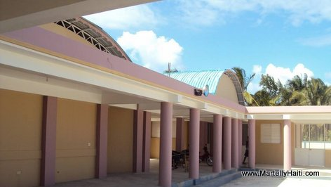 PHOTO: Haiti Education - Nouveau Lycee National de Saint Jean du Sud, Sud Haiti...