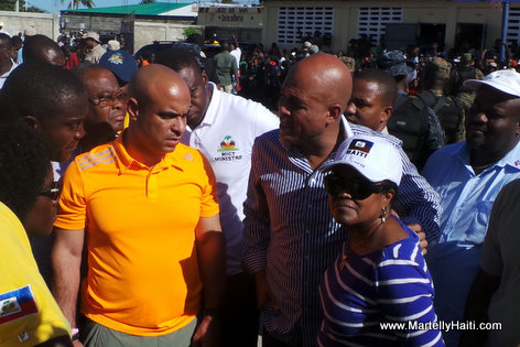 PHOTO: Haiti Inondation - President Martelly ak Laurent Lamothe au Cap Haitien