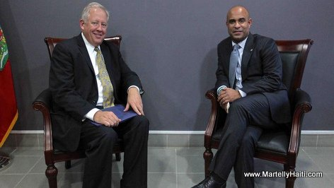 PHOTO: Haiti - PM Laurent Lamothe and US Envoy Thomas Shannon