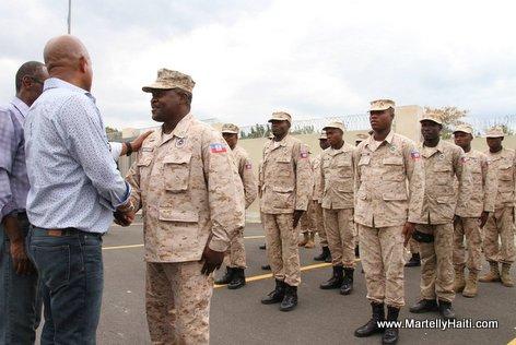 PHOTO: Haiti - President Michel ak Evans Paul ap salye CIMO yo...