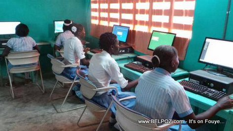 PHOTO: Haiti - Centre informatique dans la Commune de Cornillon  Grand-Bois