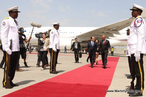 PHOTO: Visit President Francois Hollande en Haiti