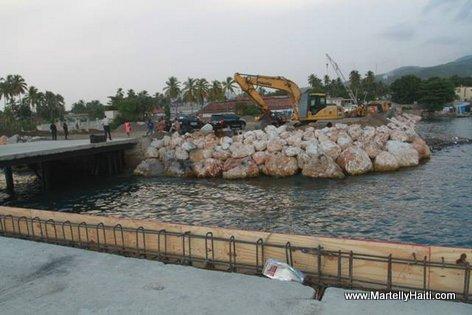 Finances par le Tresor public, les travaux d'agrandissement et de modernisation du Port de Petit Goave devront etre acheves sous peu