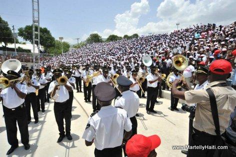 PHOTO: Haiti - Fanfare Palais National ap voye mizik monte sou Kiosque Occide Jeanty...