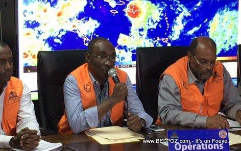 PHOTO: Haiti - Premier Minis Evans Paul ap bay Bilan Tanpèt Erika