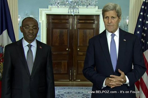 PHOTO: Haiti PM Evans Paul meets US Secretary of State John Kerry