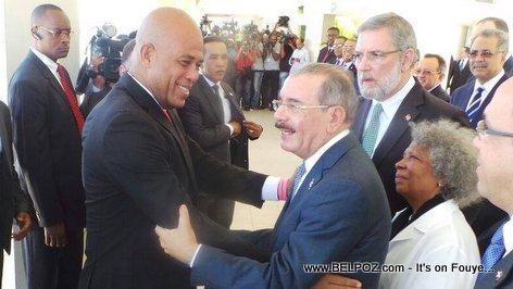 PHOTO: President Martelly Rencontre Danilo Medina a Barahona DR