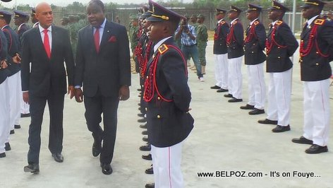 PHOTO: President Martelly checking out The New Haitian Army
