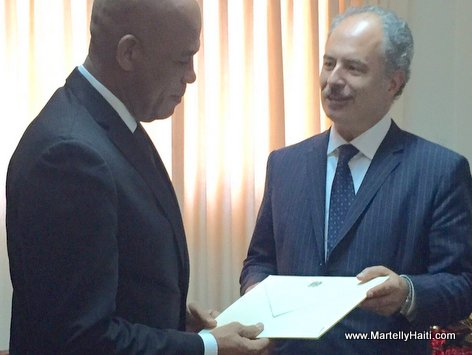 PHOTO: Haiti - President Martelly Welcomes New Ambassador of Italy