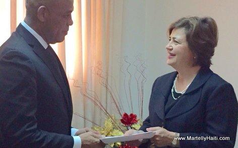 PHOTO: Haiti - President Martelly Welcomes New Ambassador of The United Kingdom (Royaume-Uni)
