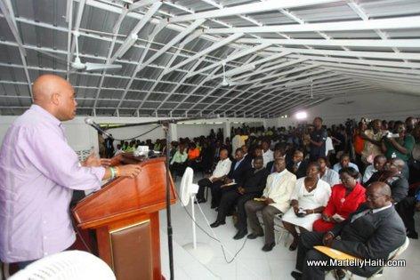 President Michel Martelly a la Direction Departementale du Nord-est