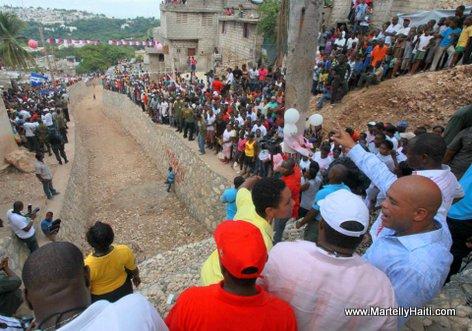 President Michel Martelly a Morne Hopital