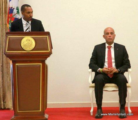 Le Ministre des affaires Affaires sociales Charles Jean Jacques, President Michel Martelly