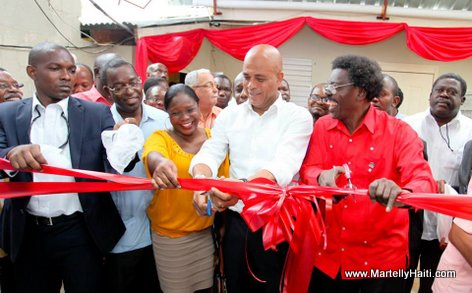 President Michel Martelly, magistrat Carlah Widjmy Clesca, Occide Jean (Pe Sicot)