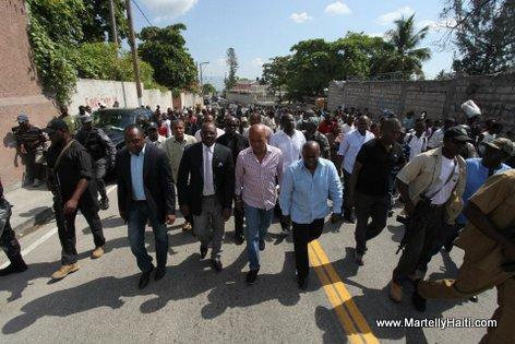 President Michel Martelly, magistrat Wilson Jeudy et Phillipe Cineas