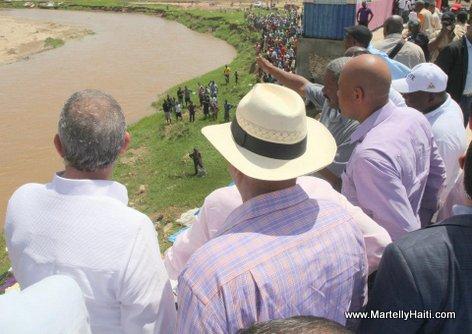 President Michel Martelly visite la Riviere Massacre a Ouanaminthe ou sont en cours des travaux de protection