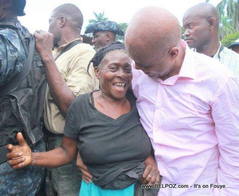 Haiti President Martelly jwenn anpil afesyon nan min pep la