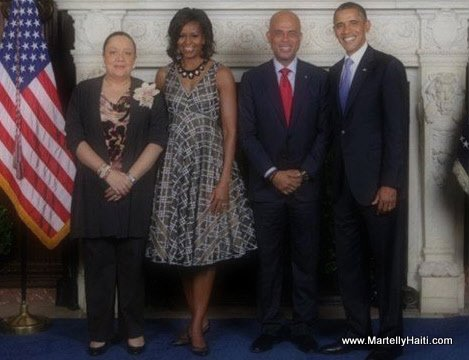 Presidential Couples Michel and Sophia Martelly meet Barack and Michelle Obama