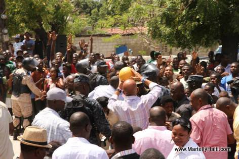 Martelly - Inauguration - Pont Riviere Courjolle - Arcahaie Haiti