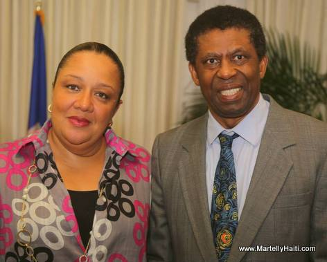Haiti Premiere Dame Sophia Martelly et Dany Laferriere - Reception Officielle - Palais National