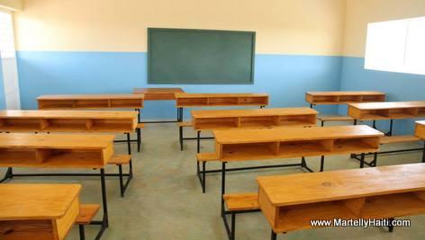 Vue d 'une salle de classe, Ecole Nationle Maranatha de Golas