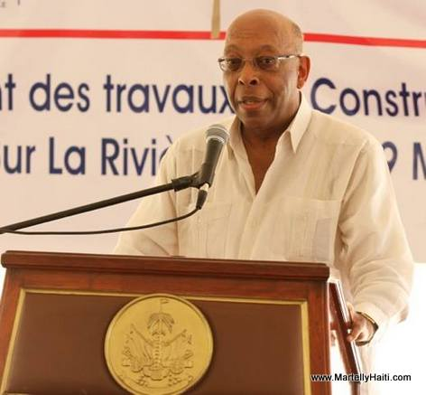 Jean-Robert Estime, responsable du Projet WINNER - Construction barrage Riviere Grise. Jean-Robert Estime