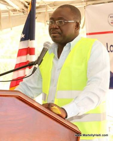 Thomas JACQUES, ministre de l 'Agriculture - Lancement Construction barrage Riviere Grise