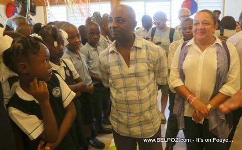Nesmy Manigat, Sophia Martelly - Inauguration Lycee Jean-Baptiste Pointe du Sable - St-Marc Haiti