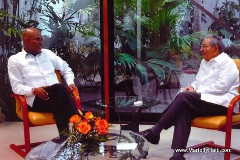 Haiti President Martelly, Raoul Castro - Cuba