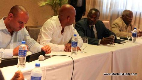 President Martelly ak President Desras ap fe ti pale nan rankont yo Mardi 3 Juin 2014