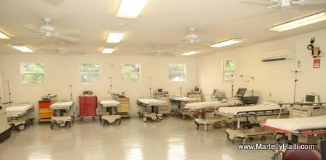 La salle d'urgence du nouveau pavillon des cliniques externes de l'Hôpital Sacré-Coeur de Milot, Nord Haiti