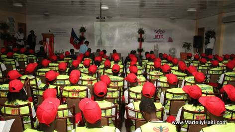 Sophia Martelly - Remise de certificat à 183 secouristes du Nord