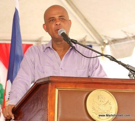 President Martelly ap fè discours nan Inauguration Hopital OFATMA des Cayes Haiti