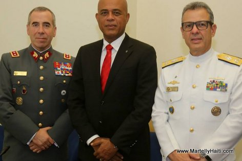 President Martelly - ceremonie remise de diplomes College Interamericain de Defense (CID)