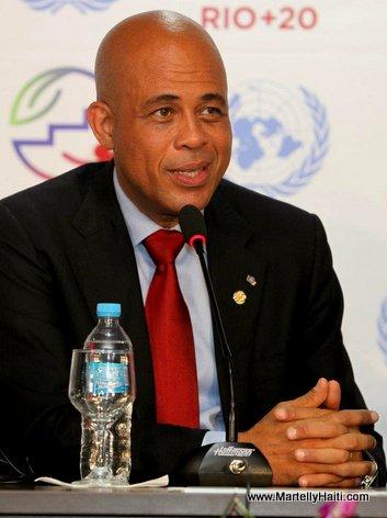 President Michel Martelly intervenant au cours d'une conference de presse a Rio+20. Michel Joseph Martelly, intervenant au cours d'une conference de p