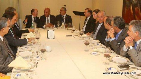 Haiti President Martelly - Visite au Panama - Diner avec les hommes d 'affaires panameens