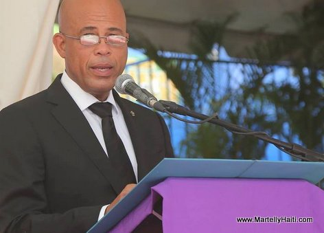 President Martelly nan Funerailles Lesly Manigat