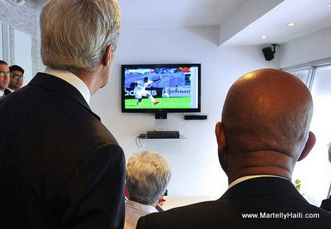 US Secretary John Kerry and Haiti President Martelly Watch World Cup Game Before Panamanian Presidential Inaugural
