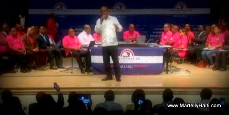 PHOTO: President Martelly ap Adrese Diaspora a - Gouvenman Lakay ou Miami