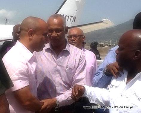 PHOTO: Haiti - Premye Minis Laurent Lamothe rive ayopò cap Haitien pou verifye travay enfrastrikti